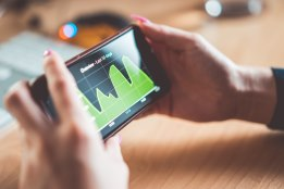 Meer app Downloads Training