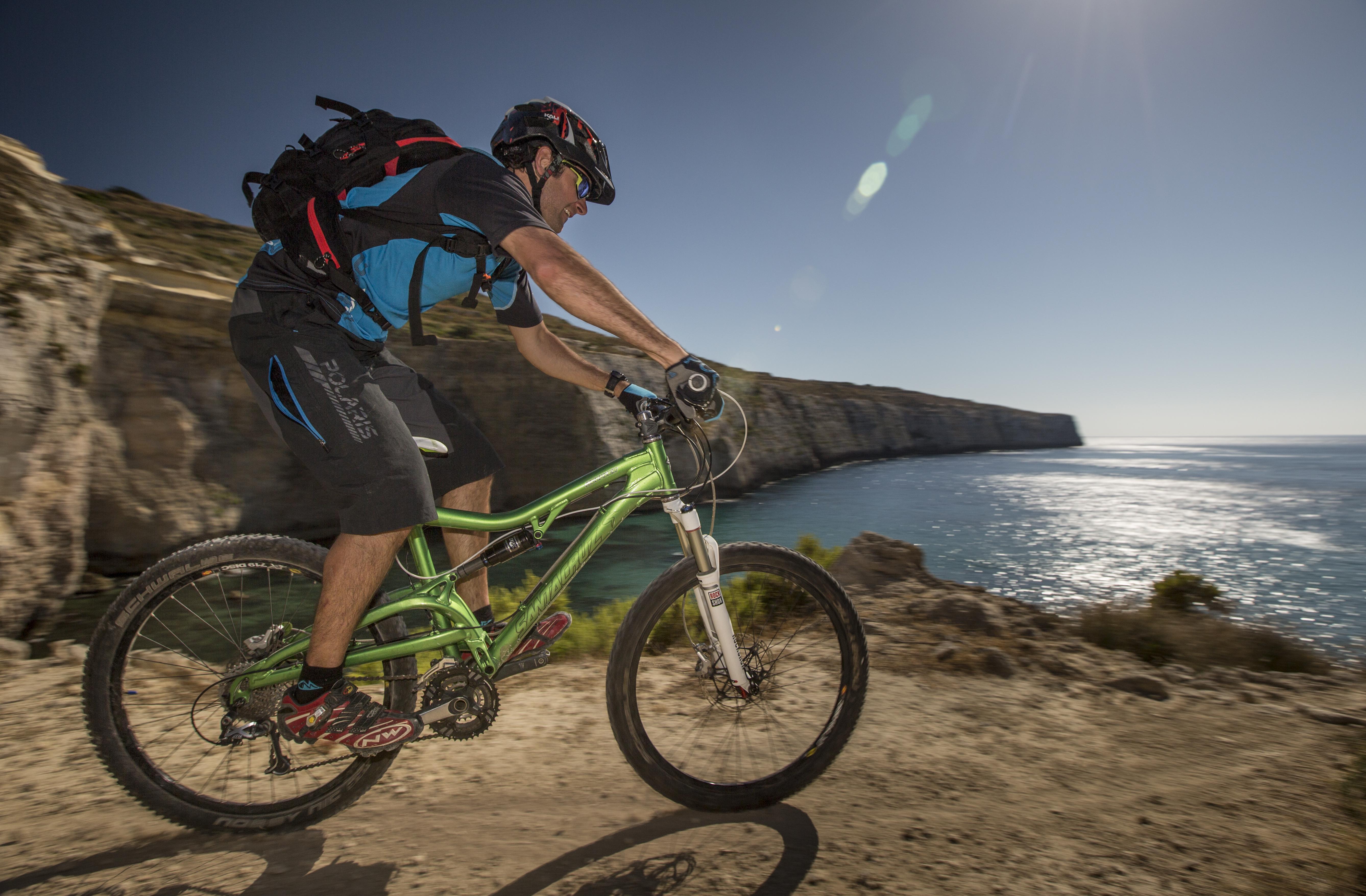 Cycling Malta